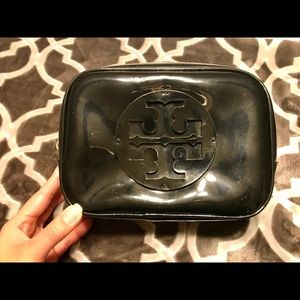 Authentic Tory Burch Patent Cosmetic Case, Large